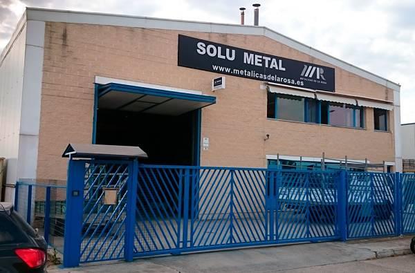 Fachada de Solu Metal en Villamuriel de Cerrato