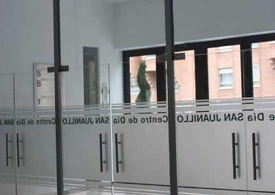 Mampara interior de cristal y aluminio en Palencia