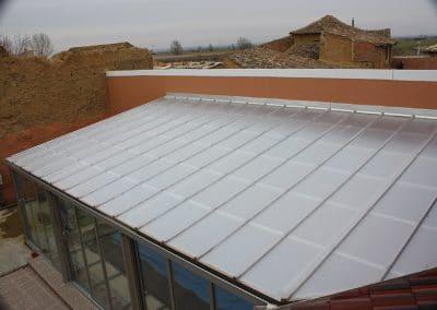 Techo de policarbonato para cerrar piscina en Valladolid