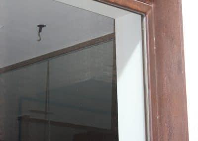 Ventana de aluminio con chapa corten en Cigales (Valladolid)